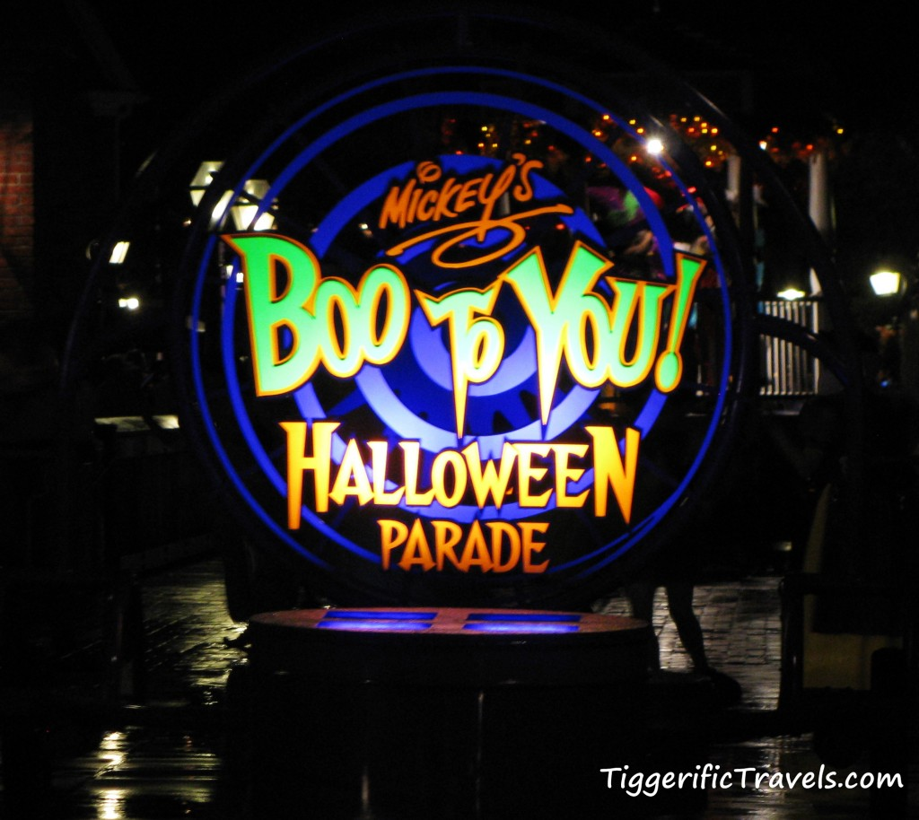 The sign at the front of the Boo to You Halloween Parade at Walt Disney World